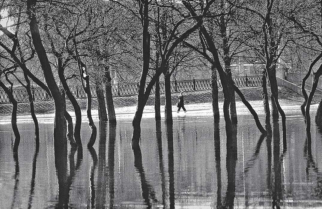Весна в парке Янки Купалы. Минск. 1983год