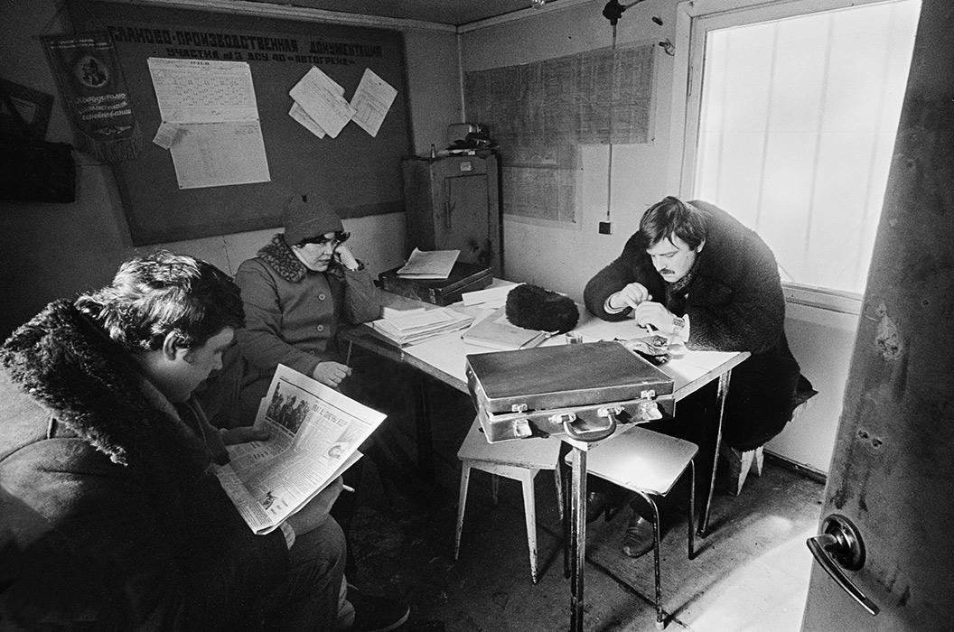 В прорабской. Автодорога Москва- Минск- Брест, 1986 год?