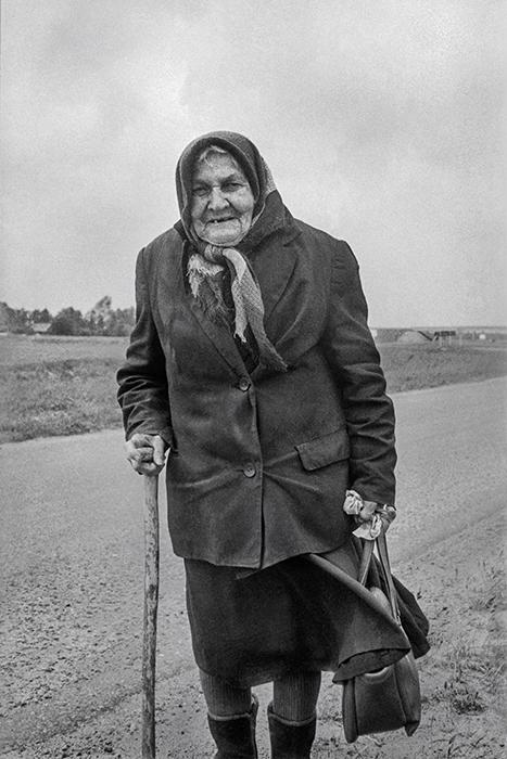 Сельская учительница на пенсии. Минский р-н. 1083год