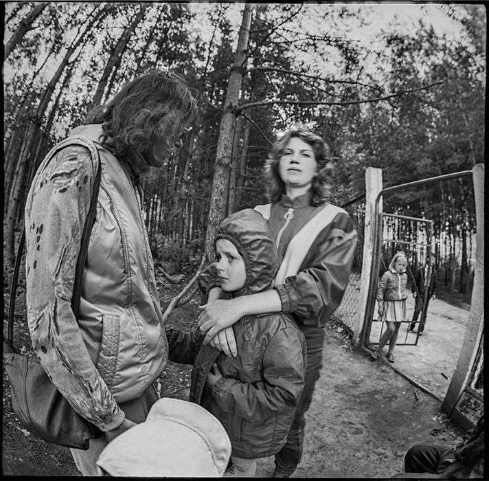 Прощание с родителями в пионерском лагере. 1987год
