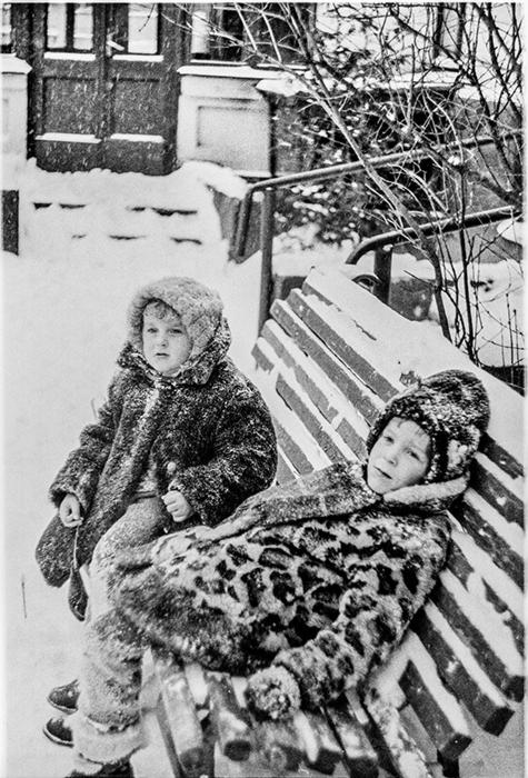 Во дворе дома, ул.Мясникова д.35, Минск 1985 год