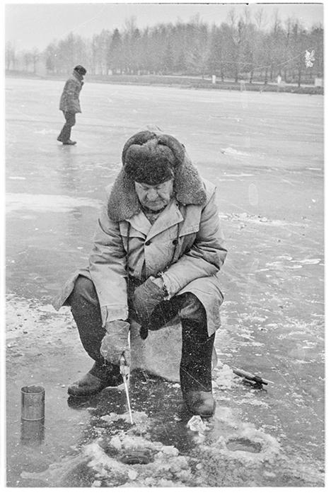 Рыбак. Минское море. 1984 год