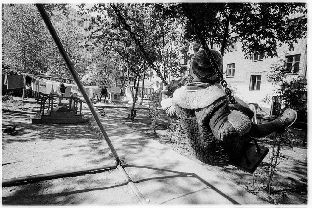 Во дворе дома по ул.Мясникова 35, Минск, 1986 год