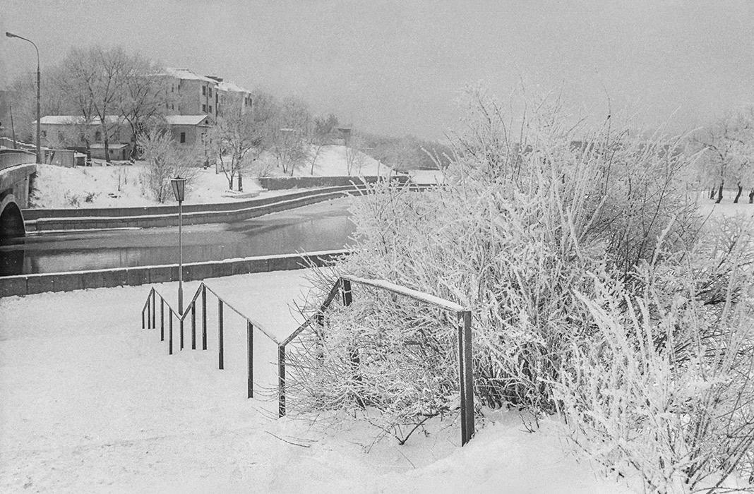 Вид на р.Свислочь и 2-ю городскую больницу. Минск, 1986 год