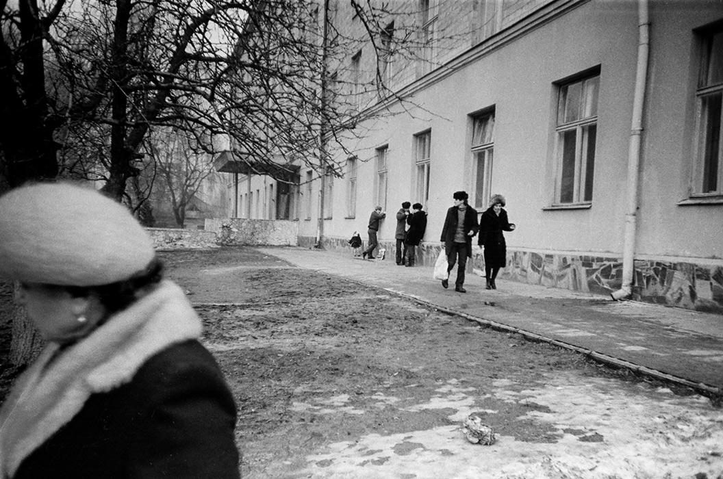 Возле Роддома. Брест, 1985 год