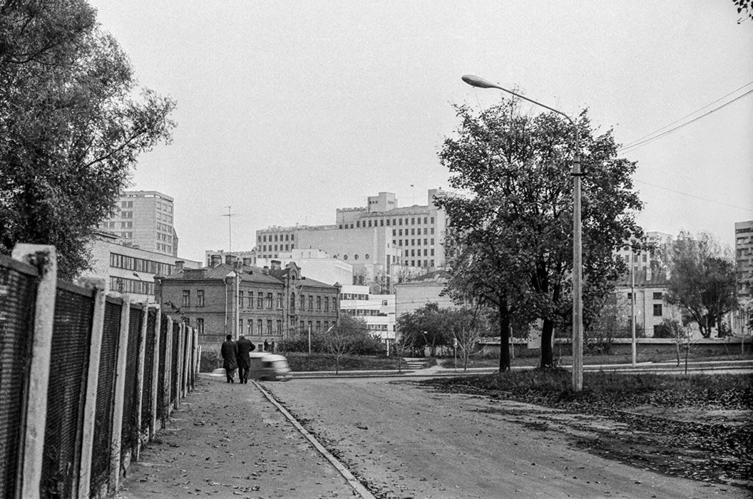 Вид на ул. Немига, Минск, начало 80-х