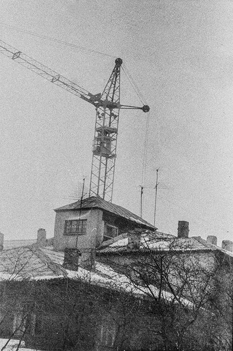 В р-не ул. Островского, Минск, середина 80-х