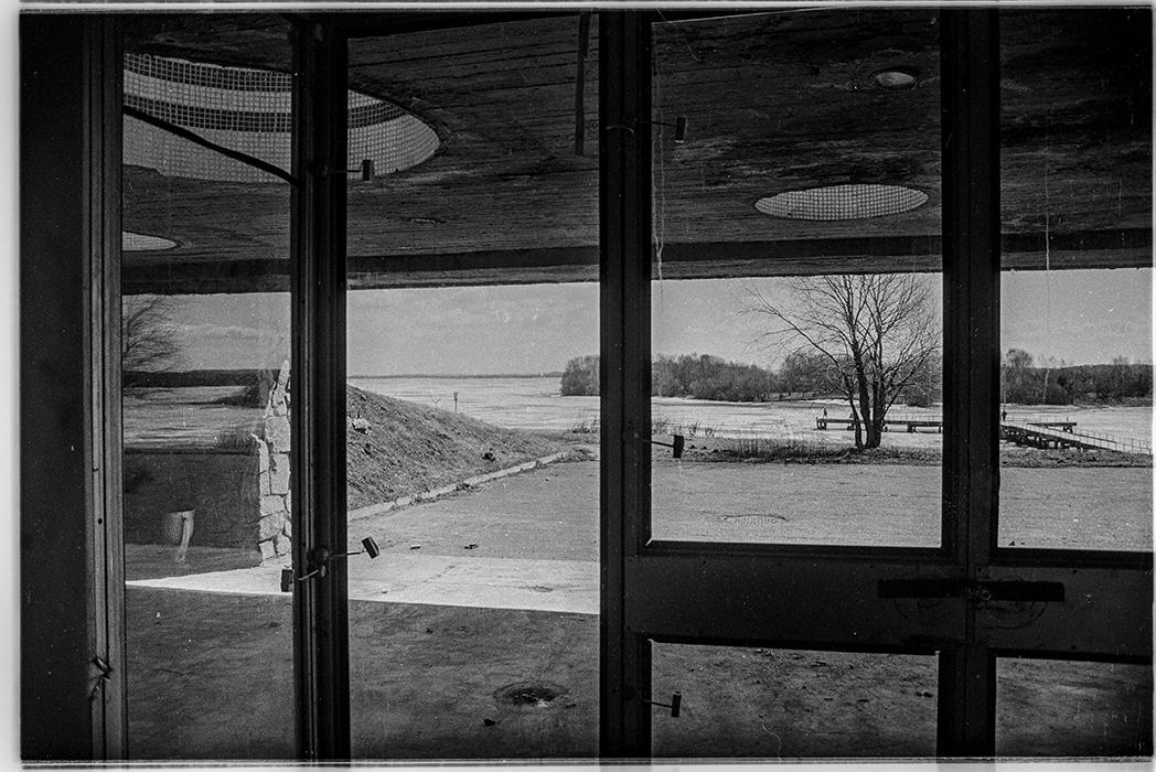 Из окна кафе гостиницы Юность, Минский р-н, 1986 год
