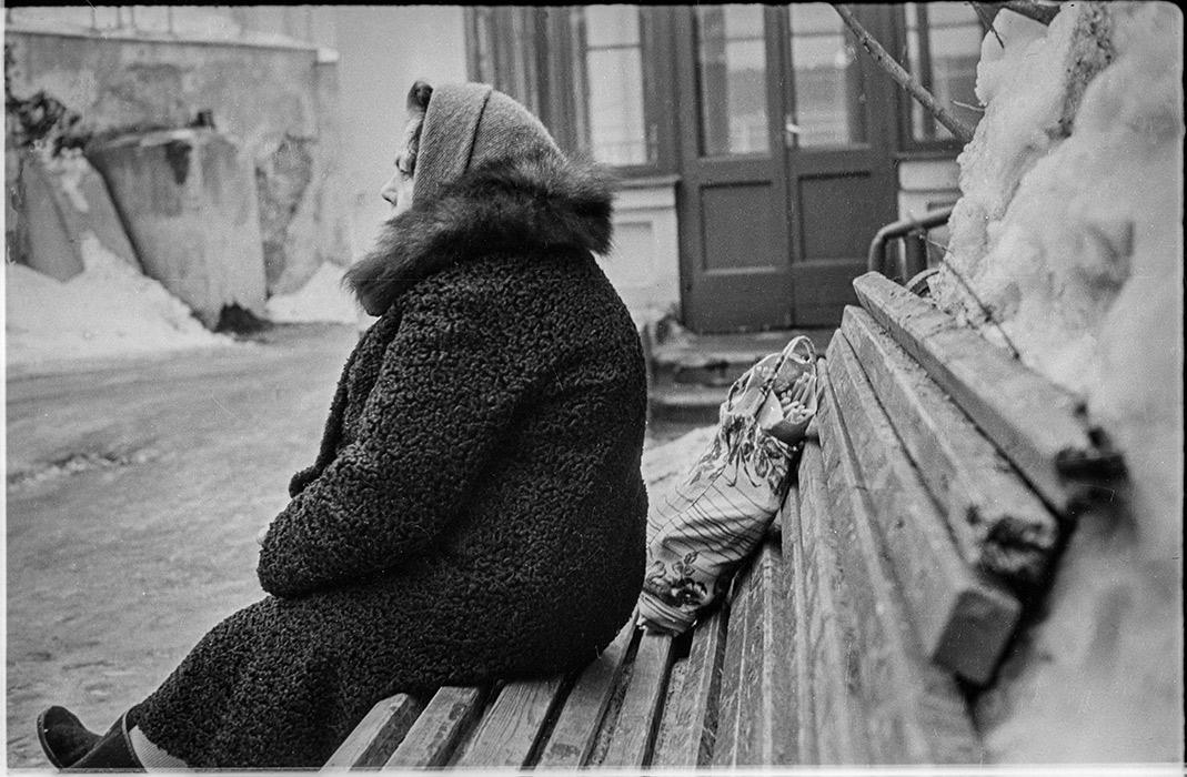Во дворе дома по ул.Мясникова д.34, Минск, 1985год