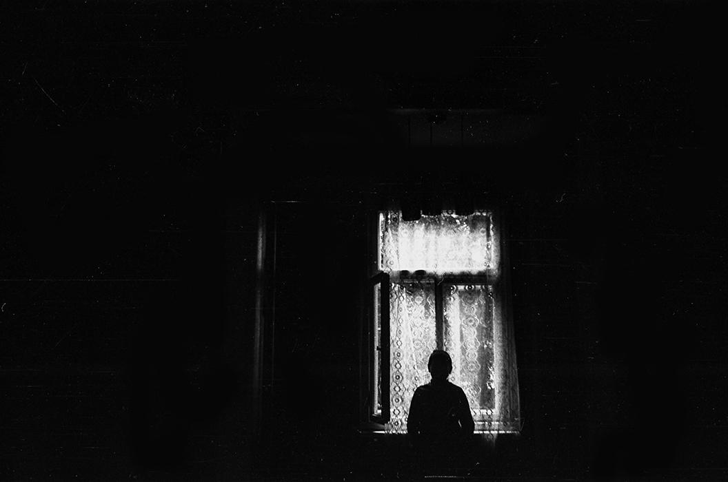Силуэт в окне. Брест, середина 80-х